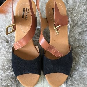 Clark's wedge sandal